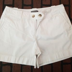 And Taylor signature fit shorts size 12
